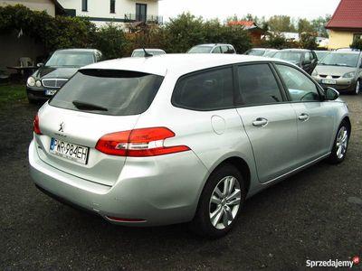używany Peugeot 308 1,6 2017 r