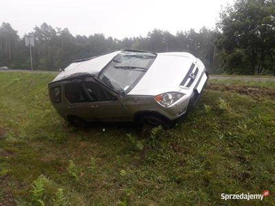 używany Honda CR-V II 2002 - wpadła w poślizg i koziołkowała.