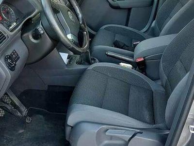 używany VW Touran 2.0 TDI 170 KM HIGHLINE 7 osób zadbany