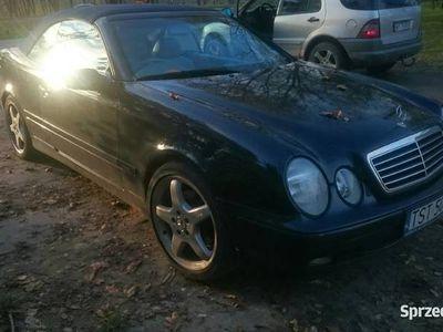 używany Mercedes CLK200