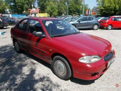 używany Hyundai Accent !!! Bemowo !!! 1.3 benzyna, 1999 rok !!! KOMIS TYSIAK !!! I (1995-1999)