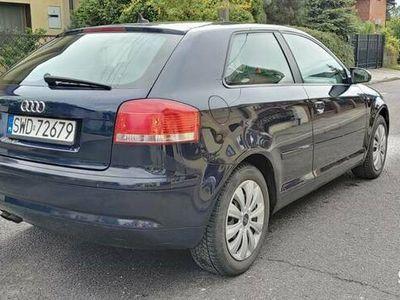 używany Audi A3 1.9 Diesel 105 KM PO LIFTINGU JASNY ŚRODEK 2007 R