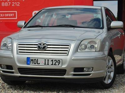 używany Toyota Avensis II (2003-2009)