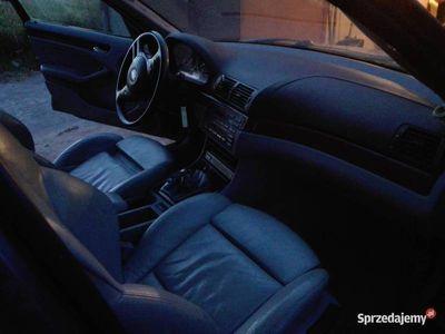 używany BMW 320 E46 d Uszkodzona