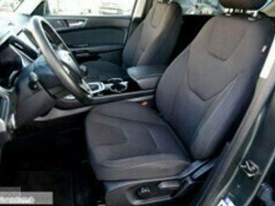używany Ford S-MAX 2dm 180KM 2017r. 171 893km