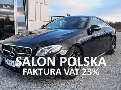 używany Mercedes E350 2dm3 299KM 2018r. 14 000km 299KM 2018r 2x AMG, Pakiet Night, 360CAM, Panorama, PL Salon, FV23%