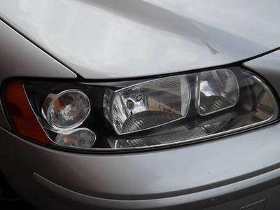 używany Volvo S60 bardzo zadbane auto jestem właścicielem