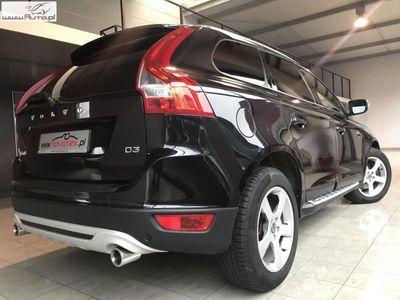 brugt Volvo XC60 2dm3 190KM 2013r. 225 000km D3*R-Design*xenon*skóra*alu 18*serwis w ASO*gwarancja VIP Service