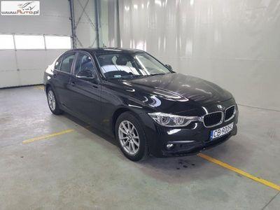 używany BMW 318 318 2dm3 150KM 2017r. 37 165km Seria 3 [F30/F80] 15-, d