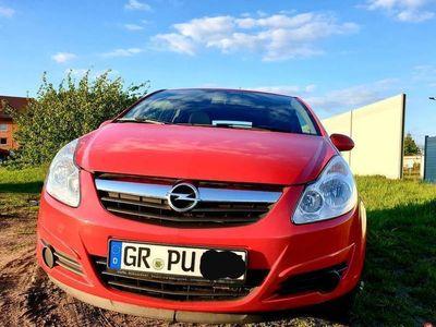 używany Opel Corsa D rok 2008 benzyna 1,4 z LPG, Klima