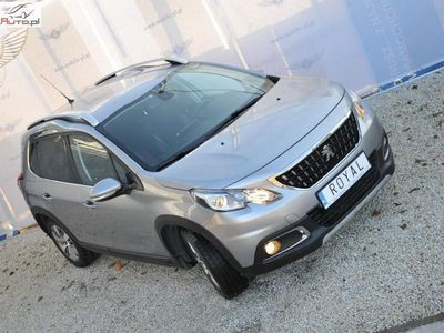 używany Peugeot 2008 2008 1.2dm3 130KM 2016r. 22 000kmSUV FACELIFTING 1.2 PURETECH 130KM