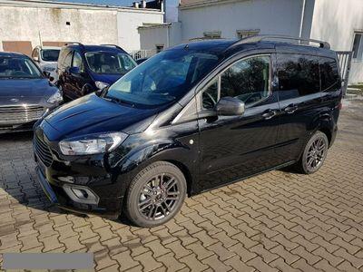 używany Ford Tourneo Courier 1dm 100KM 2018r. 1km