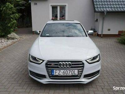 używany Audi S4 W super stanie. B8 (2007-)