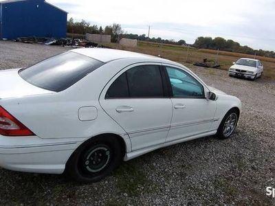 używany Mercedes C230