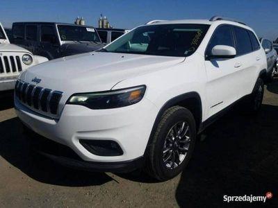używany Jeep Cherokee CherokeeLatitude PLUS 2.4 benz. 9-bieg. autom. 180 KM 10/2018 V (2014-)