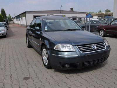 używany VW Passat 2.5dm 150KM 2001r. 231 000km