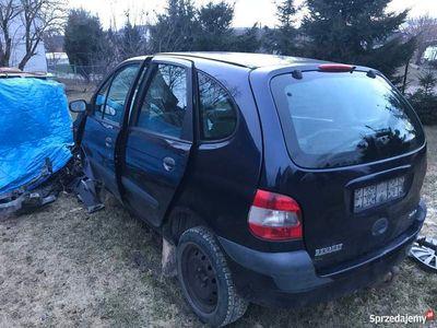 używany Renault Scénic I (2001) po wypadku