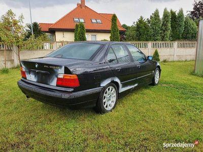 używany BMW 323 e36 iA 2.5 r6