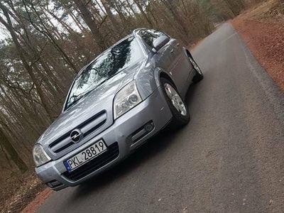 używany Opel Signum 2.2 Bogate Wyposażenie 2003r.