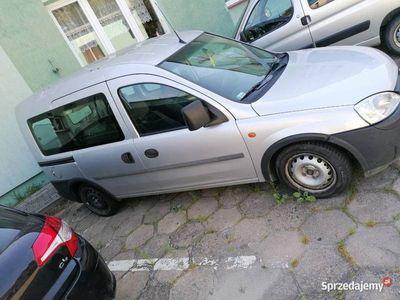 używany Opel Combo 1,7dti