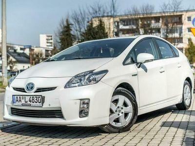 używany Toyota Prius II 1.8_Benzyna_100 KM_186 tys km_komplet kół