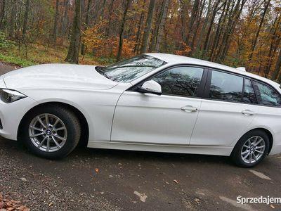 używany BMW 318 3 d F31 LCI 2016 Automat Biały Kombi / Facelift