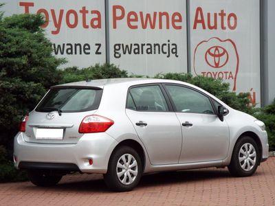 używany Toyota Auris 1.33 VVT-i Terra Benzyna, 2013 r.