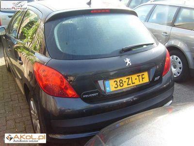 używany Peugeot 207 1.4dm 68KM 2008r. 98 000km