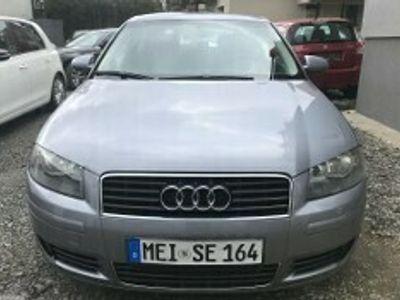 używany Audi A3 II (8P) 1.6 Attraction
