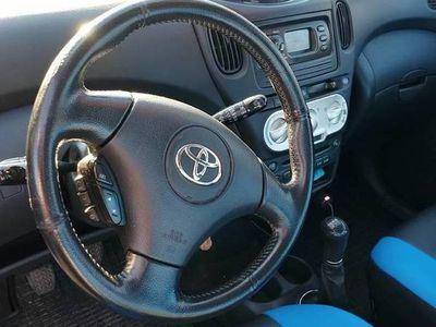 używany Toyota Yaris Verso d4d