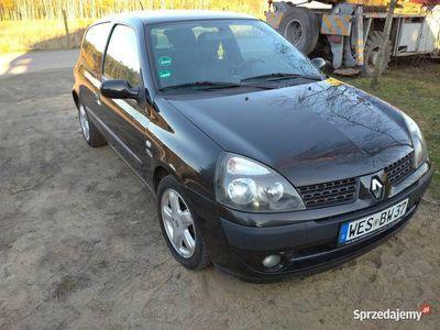 używany Renault Clio benzyna, 2003r