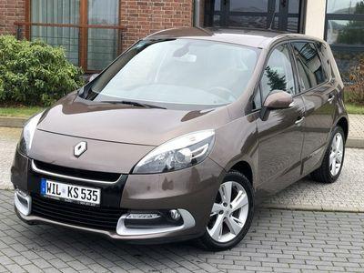używany Renault Scénic 1.5dm 110KM 2012r. 73 541km