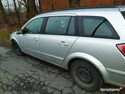używany Opel Astra kombi wersja sport