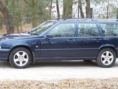 używany Volvo V70 2,4 b Aut Vebasto skóra 170 kM po opłatach 2000r r