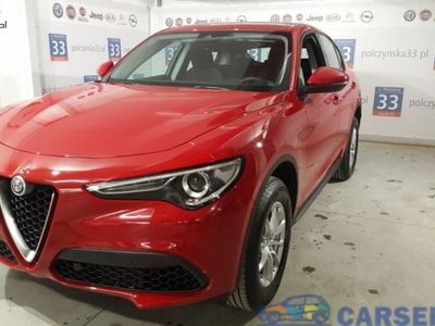 used Alfa Romeo Stelvio 2dm3 200KM 2019r. 6km Business 2.0 200KM AT8 | Czerwony Rosso | CarPlay / Android | 2019