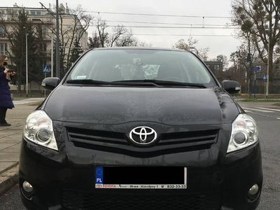 używany Toyota Auris 1.6 benz Salon Polska