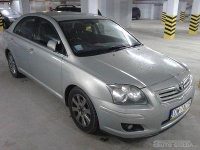 używany Toyota Avensis SOL 1,8 PO LIFTINGU