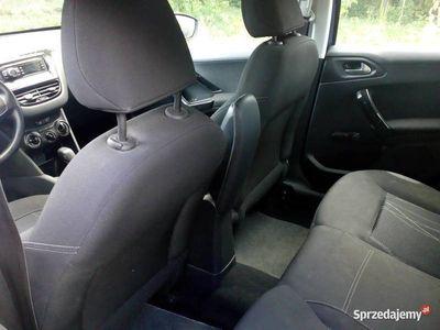 używany Peugeot 208 Active