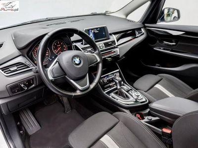 używany BMW 218 Gran Tourer Inny 2dm3 150KM 2015r. 119 990km d | Szklany dach elektryczny | Adaptacyjne LED |