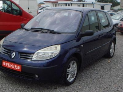 używany Renault Scénic 1.5dm 2003r. 87 000km