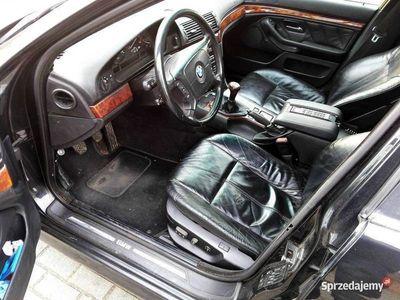używany BMW 528 i manual gaz BRC klima skóry zadbany