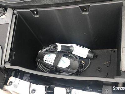 używany BMW i3 Nie stoi w korkach, nie płaci za parkowanie.