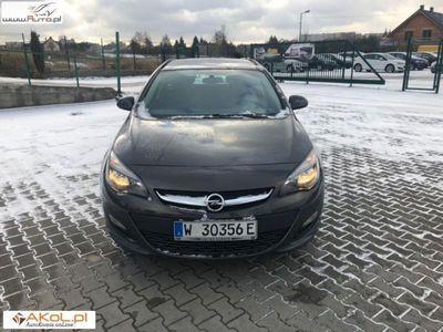 używany Opel Astra 1.4dm3 100KM 2016r. 51 000km Combi J 1,4 100KM Klimatyzacja, 51 tyś km Bezwypadkowy