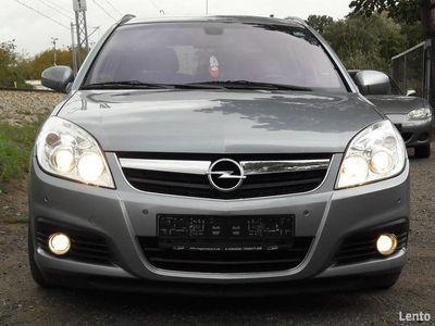 używany Opel Signum 1,9 diesel 150KM/2008