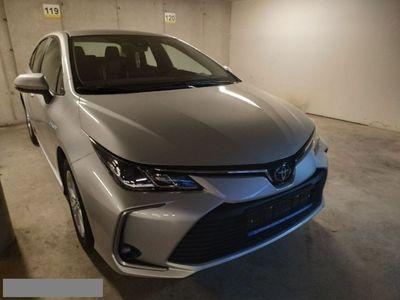 używany Toyota Corolla CorollaSedan Comfort 1.8 Hybryda E21 (2019-)