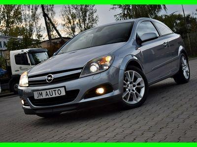 używany Opel Astra 1.9dm 150KM 2006r. 219 000km