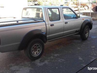 używany Nissan Navara 4x4