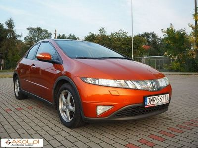 używany Honda Civic 1.8dm 140KM 2008r. 175 000km