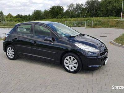 używany Peugeot 207 1.4dm 73KM 2006r. 103 000km
