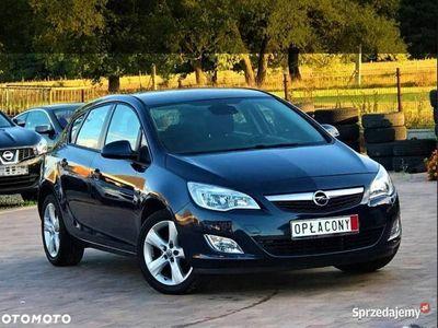 używany Opel Astra 2010 rok